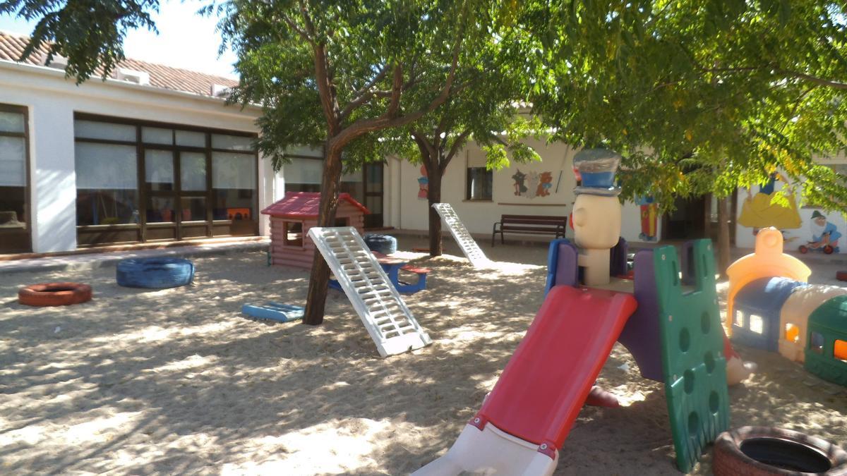 El trabajador ejerce en el servicio de Limpieza de la Escuela Infantil de Malagón, en Ciudad Real