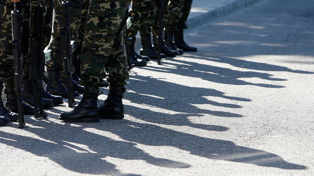 Soldados en Cerro Muriano