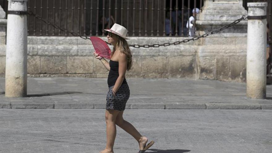 Más de media España sigue en alerta por altas temperaturas de hasta 42 grados