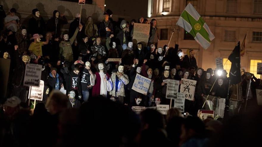 Diez detenidos en una marcha anticapitalista del grupo Anonymous