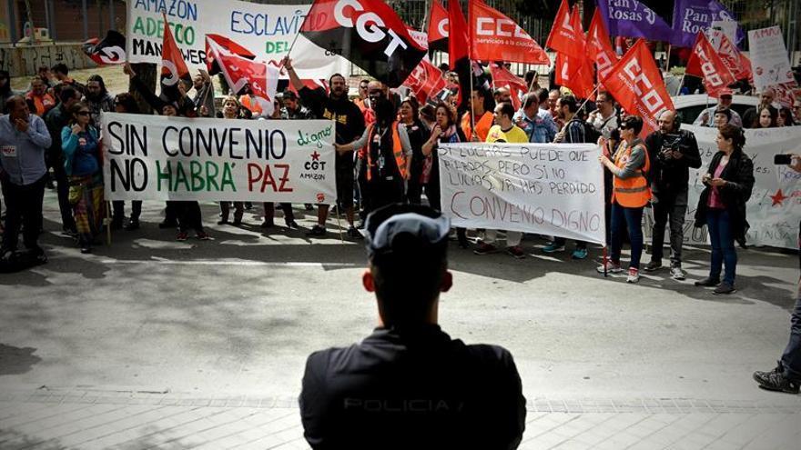 CCOO denuncia a Amazon ante los tribunales por cambiar las condiciones laborales