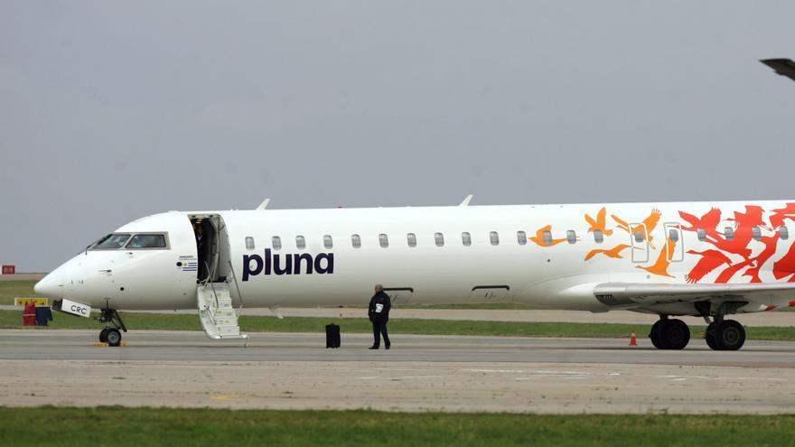 Uruguay realiza mañana la postergada subasta de aviones de Pluna