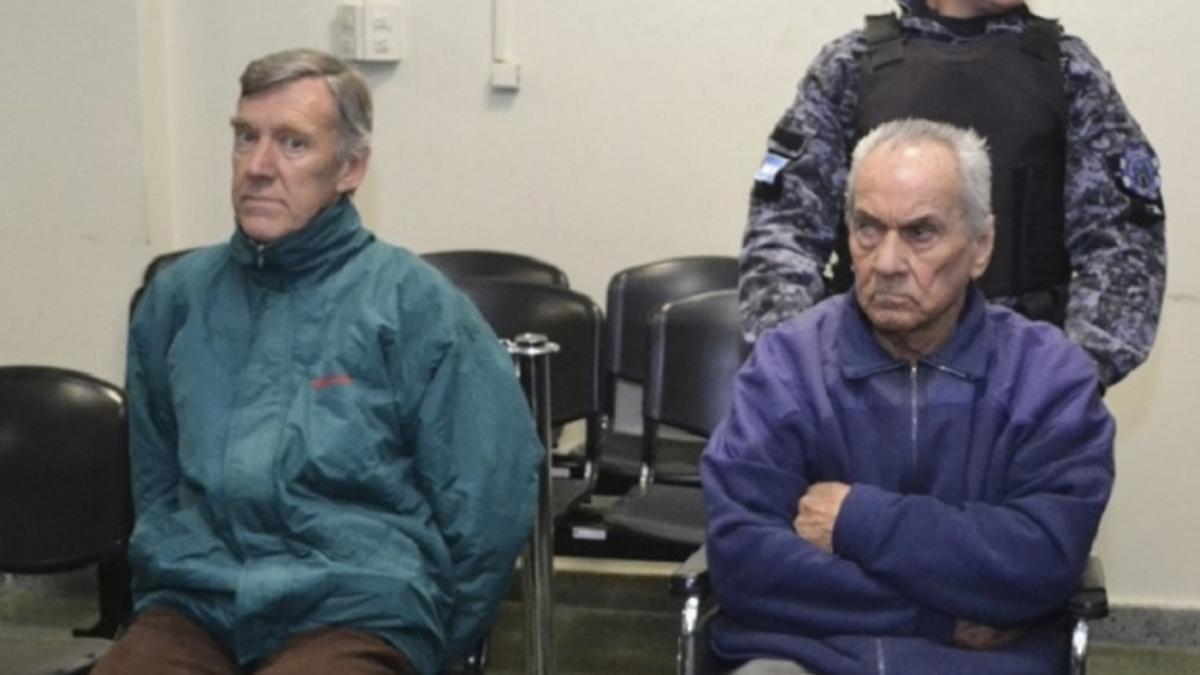 Los sacerdotes Corbacho y Corradi, condenados por abusos en el Próvolo. Recibieron 45 y 42 años respectivamente.