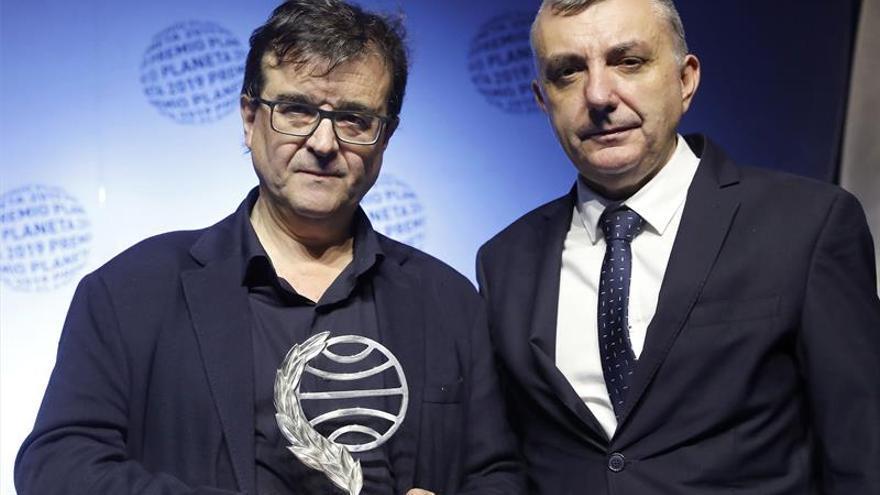 Javier Cercas y Manuel Vilas, ganador y finalista del Premio Planeta 2019