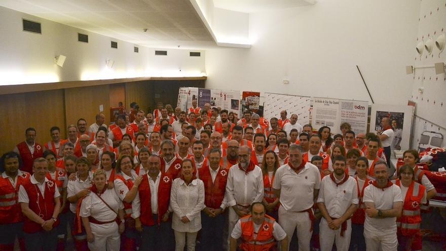 El presidente de Cruz Roja Española visita el dispositivo sanitario de la entidad en Sanfermines
