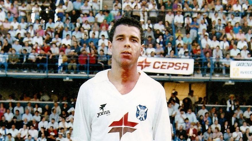 Quique Medina, cuando vestía los colores del CD Tenerife.