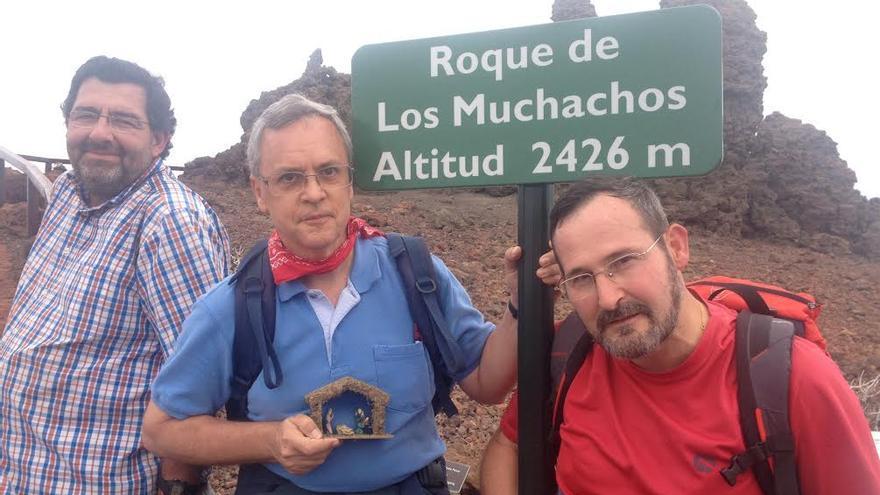 El grupo en La Palma con el portal de Belén en El Roque de Los Muchachos.