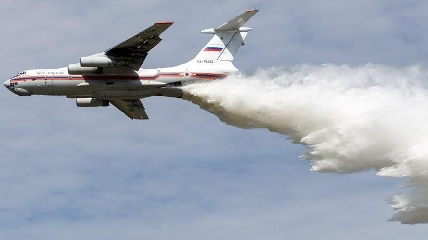 Continúa la búsqueda del avión Il-76 siniestrado en el este de Rusia