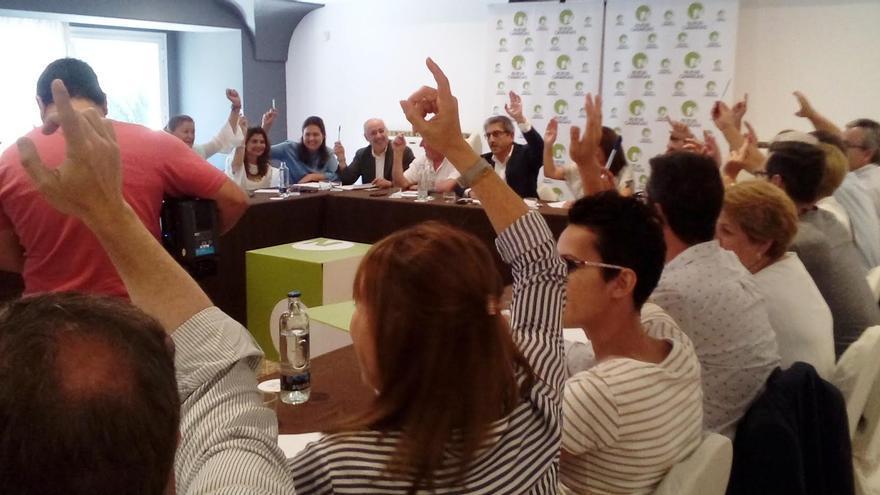 Votación de la Ejecutiva de Nueva Canarias este domingo.