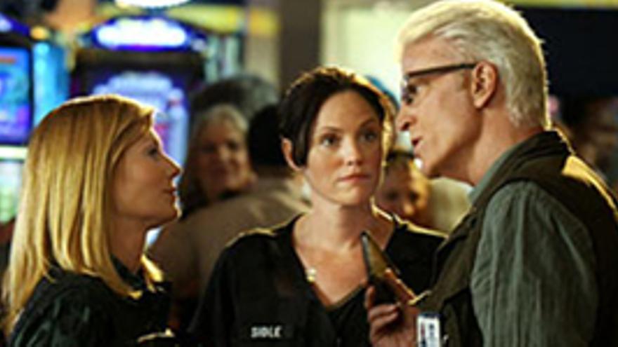 Adiós a Catherine Willows y primeras imágenes de Ted Danson en 'CSI'