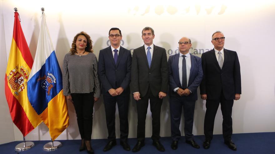 Toma de posesión de los nuevos consejeros del Gobierno de Canarias (ALEJANDRO RAMOS)