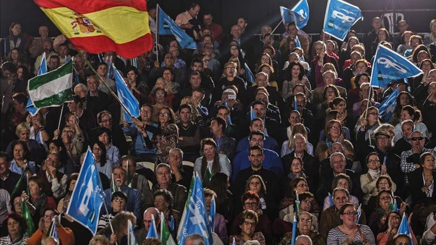"""Aguirre pide el voto para el PP para que estos años """"no sean un paréntesis"""""""