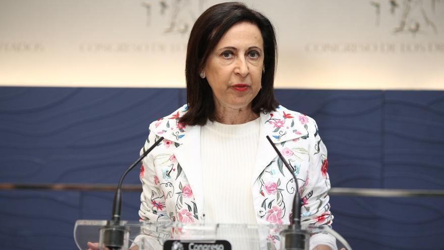 Robles contrapone el PSOE a la irresponsabilidad de Colau, el engaño independentista y la crítica sin soluciones de C's