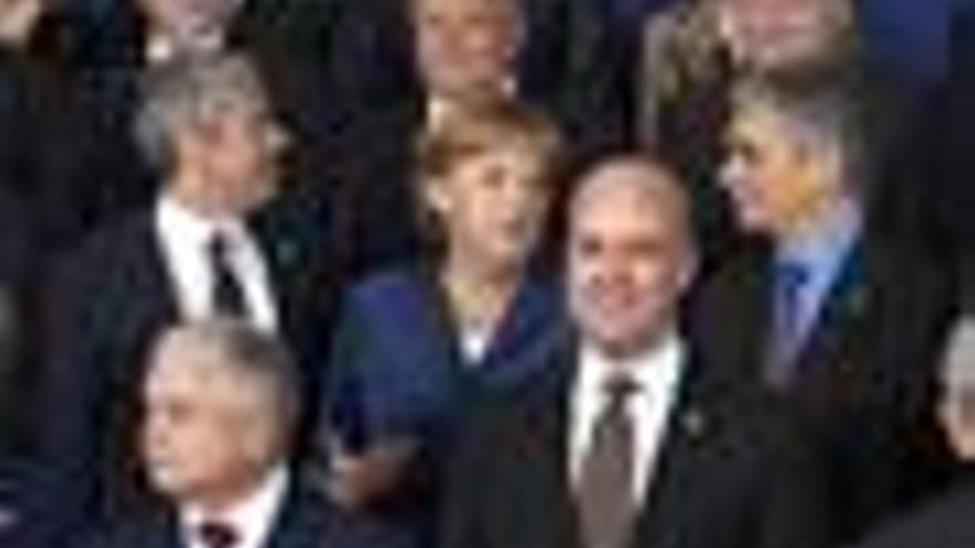 Los líderes europeos acuerdan mantener las medidas anticrisis