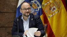 El consejero de Educación, por suplencia temporal, José Antonio Valbuena.