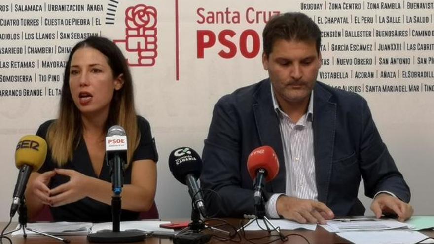 Patricia Hernández, candidata a la alcaldía de la capital tinerfeña, junto a José Ángel Martín, actual portavoz del grupo municipal
