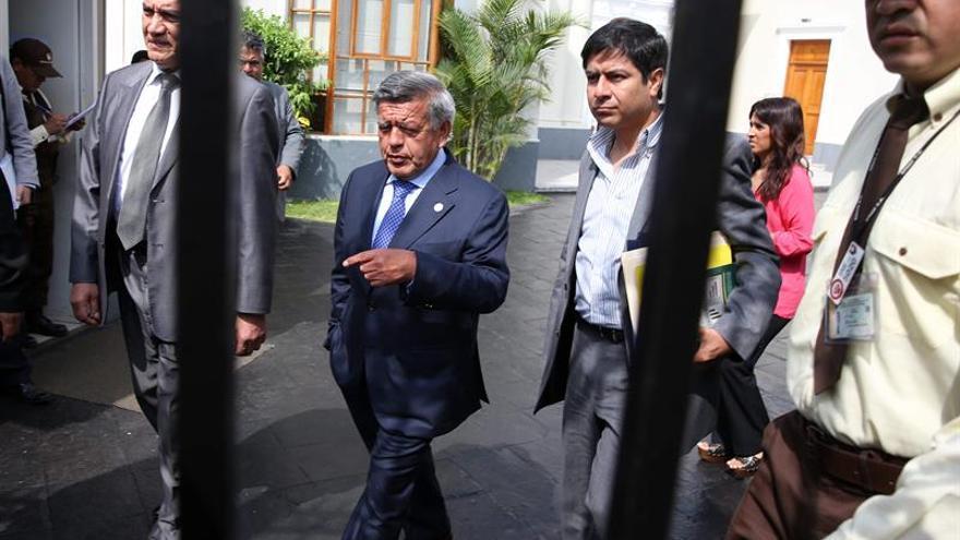 El español Ismael Crespo será el nuevo asesor de campaña del candidato peruano Acuña