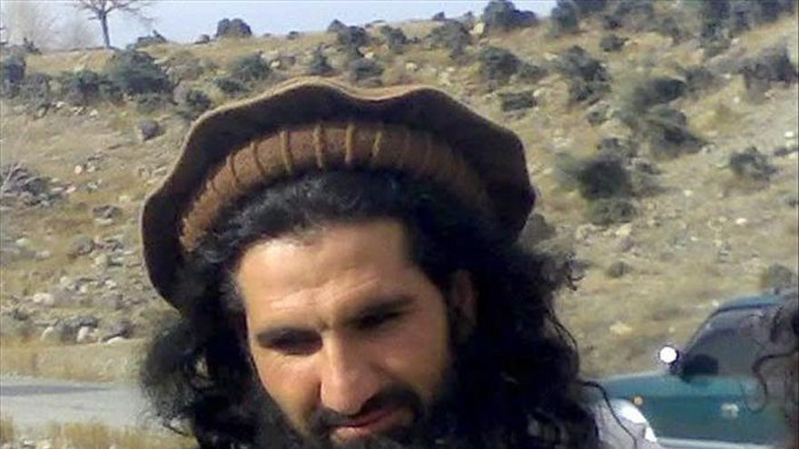 Los talibanes de Pakistán entierran a su líder muerto en el ataque de un drone de EEUU