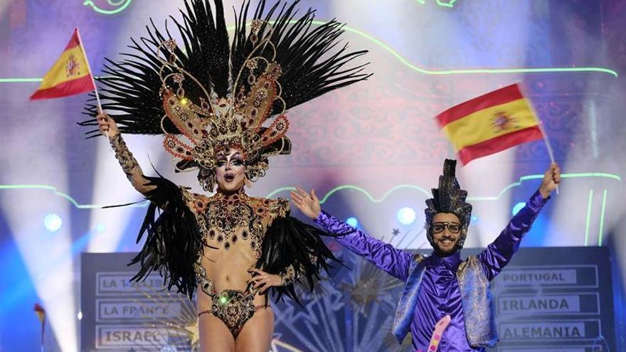 Drag La Tullida, con la fantasía '¡Ay, Fefa! Que los doce puntos son para?'