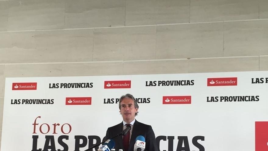 De la Serna advierte a Valencia que si no se ejecuta la ampliación de la V-21 se perderá la inversión