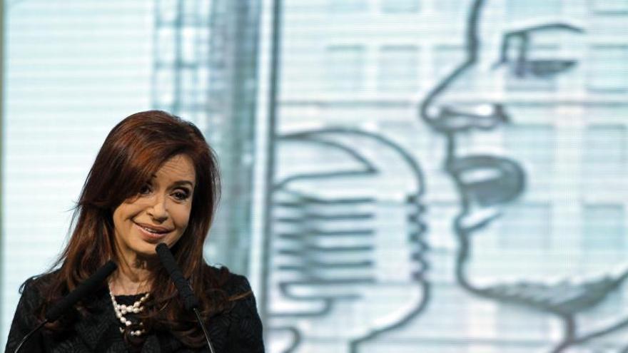 El 67 por ciento de los argentinos no apoya la gestión de Fernández, según una encuesta