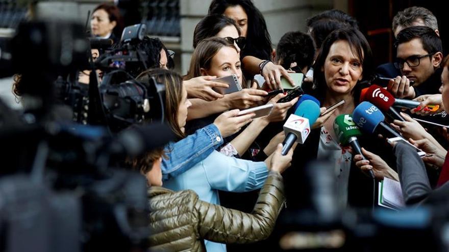 La ejecutiva de Podemos deja en manos de Bescansa la decisión de dimitir