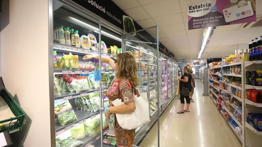 Las ventas de comercio minorista de Euskadi aumentaron en agosto un 0,5% y el empleo un 1,3%