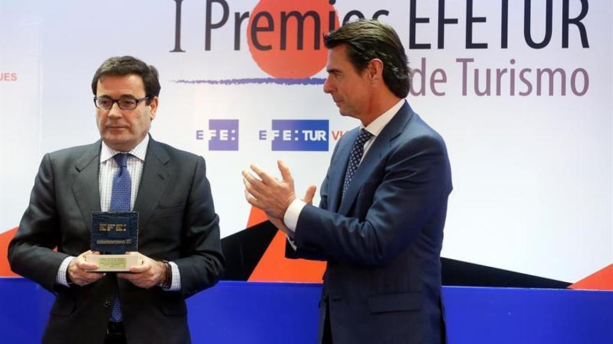 Soria asegura que el reto del turismo español es mantener su posición