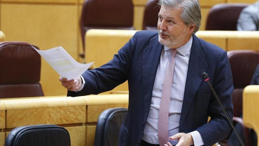 """Méndez de Vigo pide a las comunidades que """"apliquen y cumplan"""" la Lomce"""