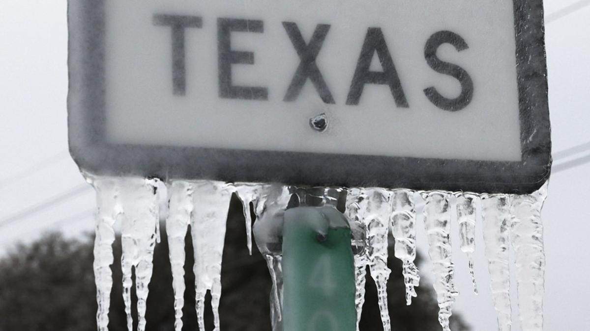 El gobierno republicano del estado de Texas, en un giro completo comparado con sus anterior línea política, entró en conversaciones con las empresas de electricidad para que no les corten la luz a quienes no paguen la cuenta