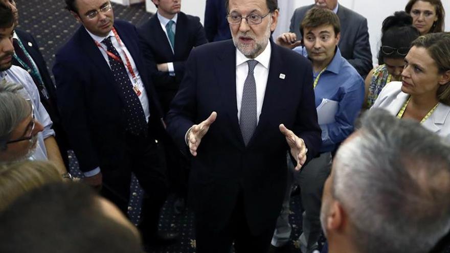 Rajoy pide a la UE fortalecer la economía y la seguridad para combatir la desconfianza
