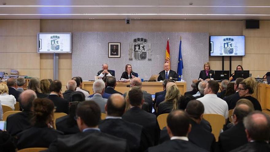 El exdirector de Fórum admite al fiscal que los sellos estaban sobrevalorados