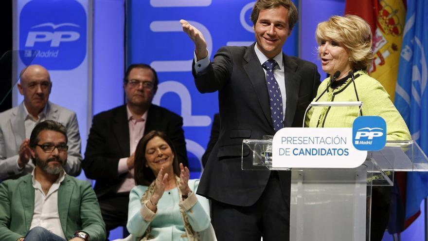 Antonio González Terol, en un acto de partido con la expresidenta del PP madrileño Esperanza Aguirre, en 2015.
