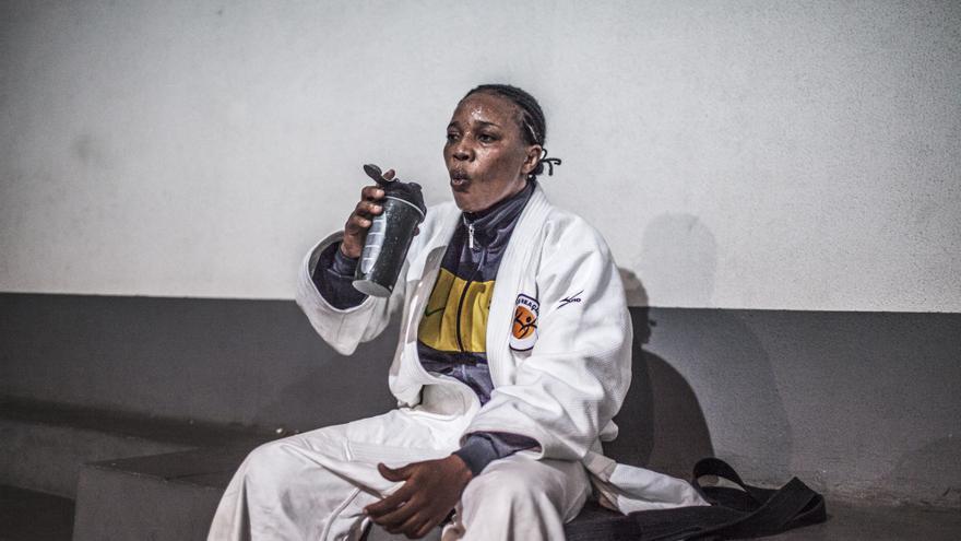 Yolande Mabika, 28 años. Huyó de República Democrática del Congo y pidió asilo en Brasil. Se prepara para participar como judoca en los JJOO de Río 2016 | FOTO: Acnur