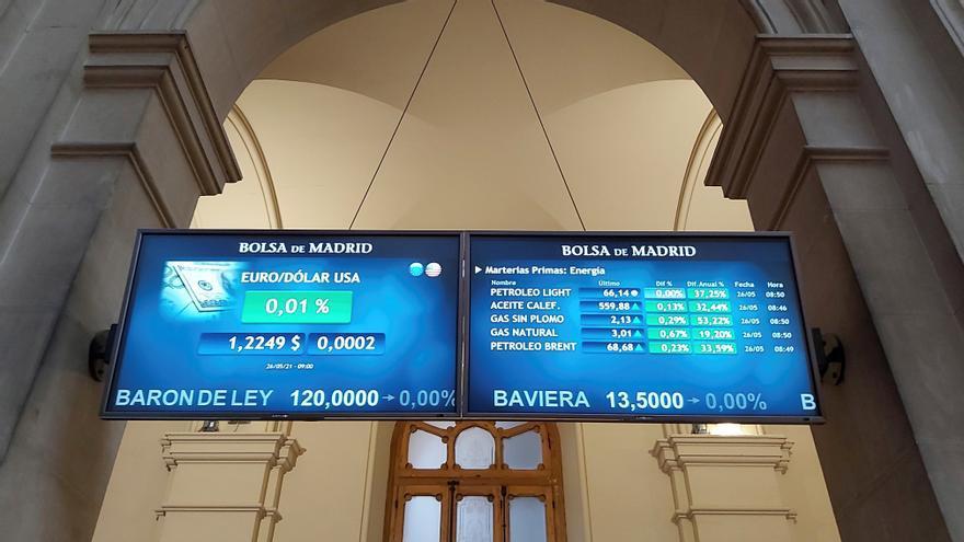 El euro supera los 1,22 dólares tras la caída de la deuda estadounidense