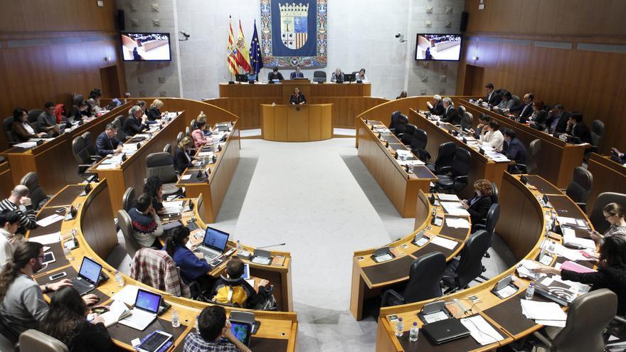 Sesión plenaria de las Cortes de Aragón.