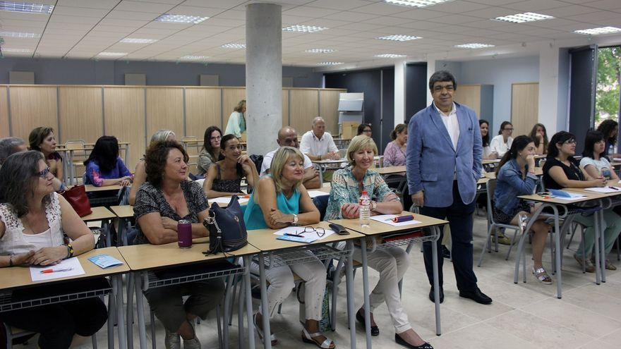 La Sociedad Española de Nutrición alerta de que el 21% de los españoles son obesos y el 40% tienen sobrepeso