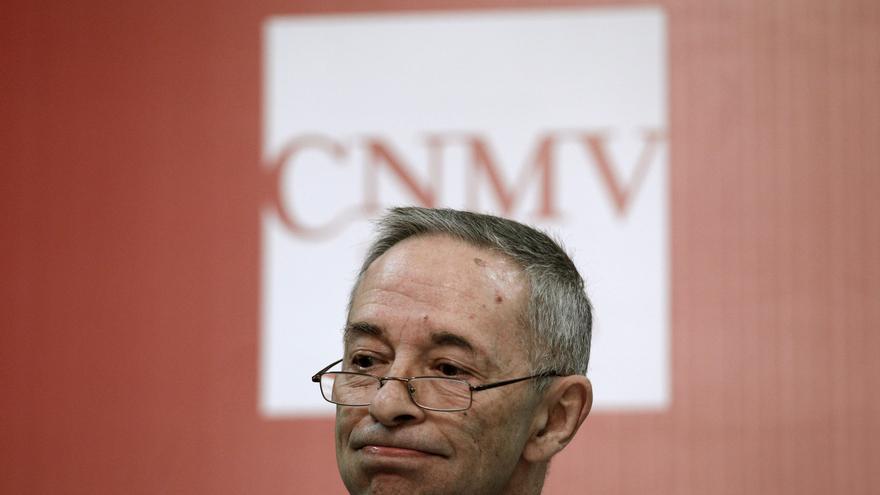 Julio Segura se despide de la CNMV con sanciones masivas por las preferentes