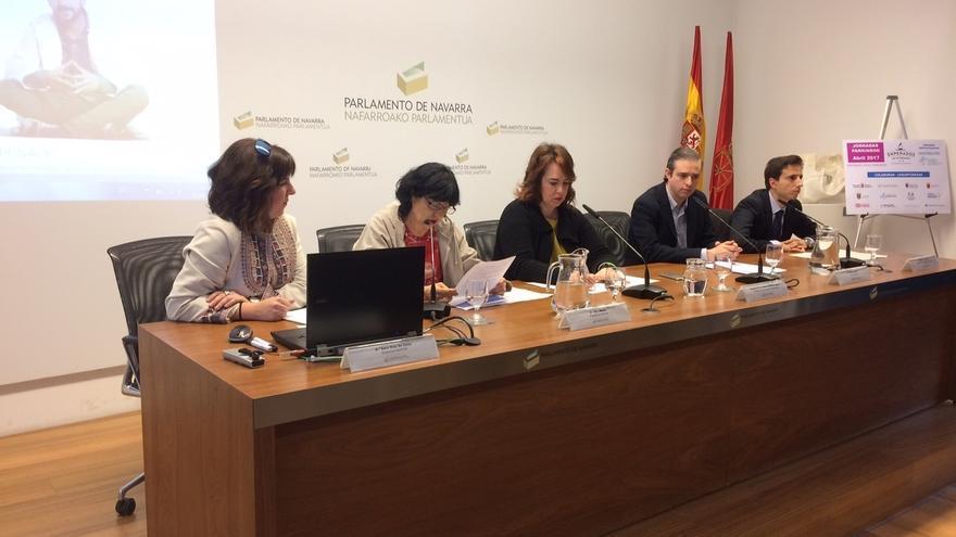 """La Asociación Navarra de Parkinson insta a la sociedad a """"apoyar e impulsar la investigación"""" de la enfermedad"""