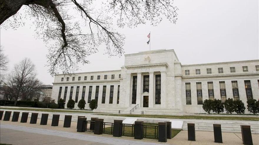 """La Fed subió los tipos de interés en diciembre """"por los pelos"""""""