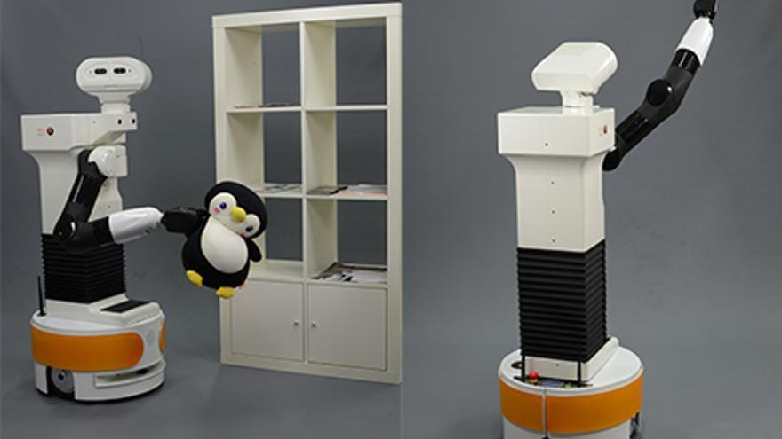 Robot de Pal Robotics y tareas domésticas
