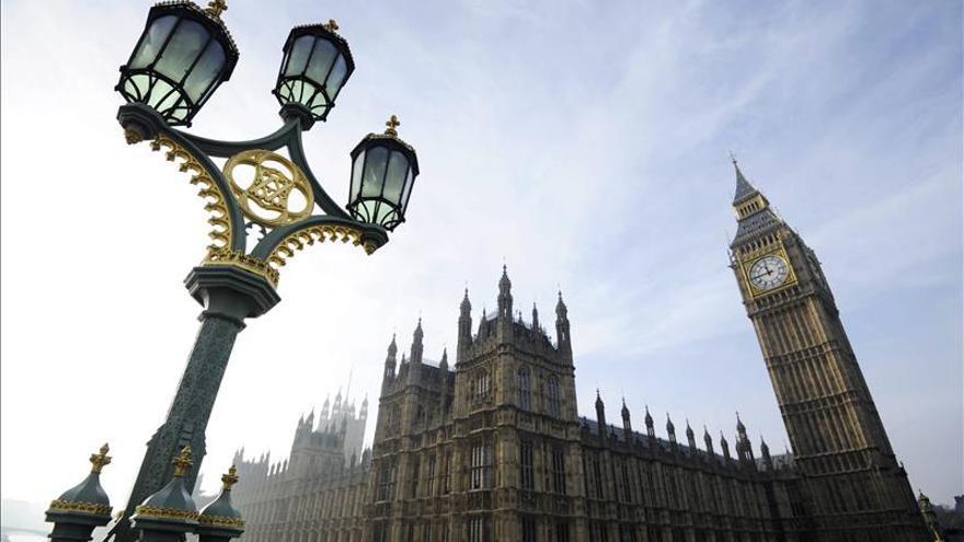 Culpables un hombre y su esposa de planear un atentado masivo en Londres