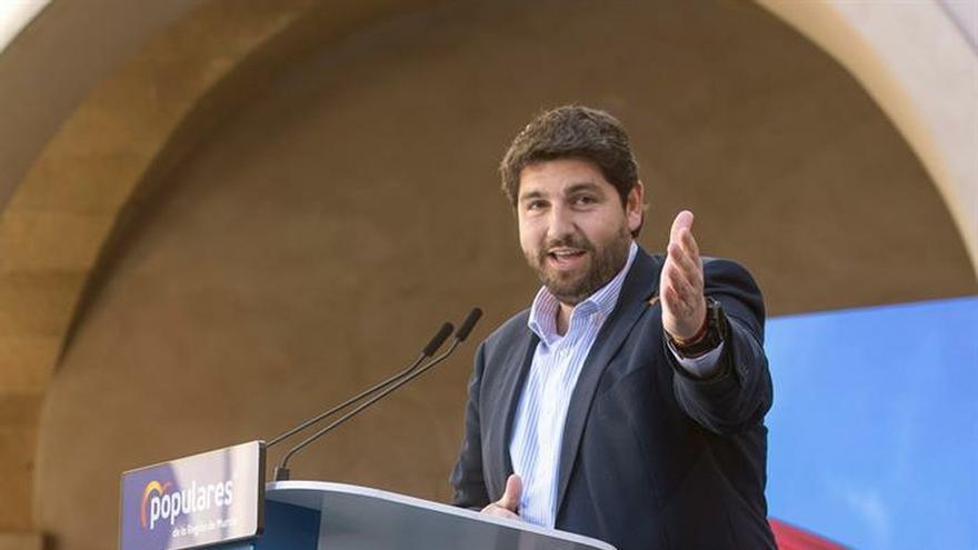 """El presidente de Murcia plantea acciones """"sin límite"""" para defender el trasvase"""