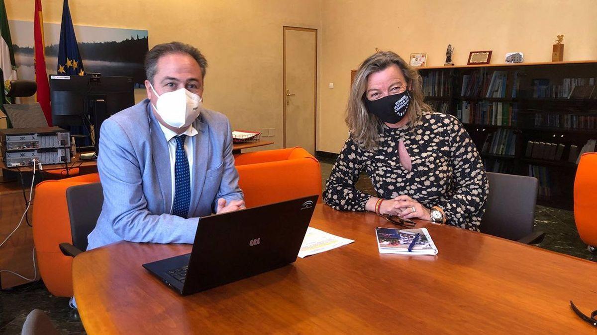 Pimentel y Albás en su reunión sobre la situación del turismo en Córdoba.