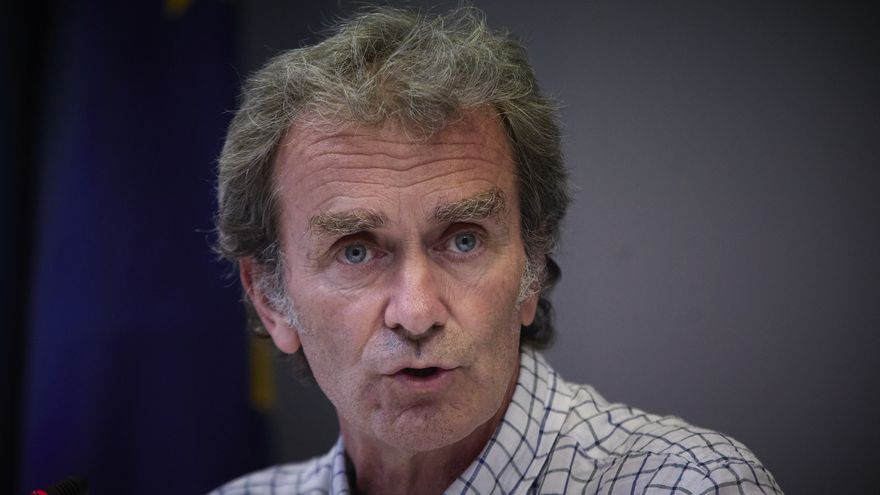 Archivo - El director del Centro de Alertas y Emergencias Sanitarias (CAES), Fernando Simón