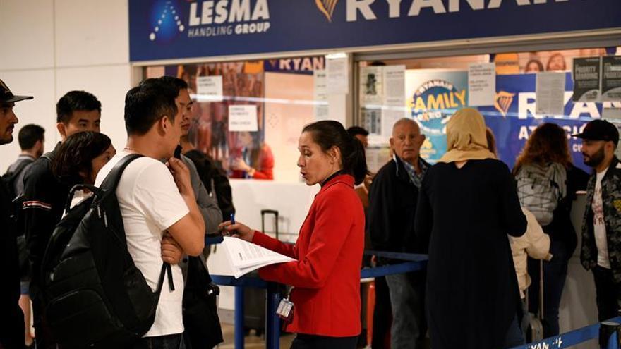 Italia no permite a Ryanair y a Wizz Air cobrar por el equipaje de mano