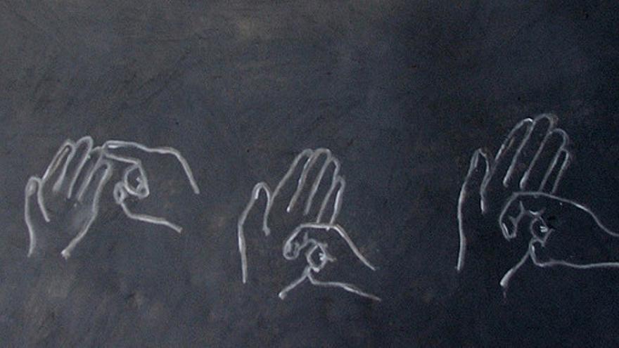 El 14 de junio se celebra el Día Nacional de las Lenguas de Signos Españolas