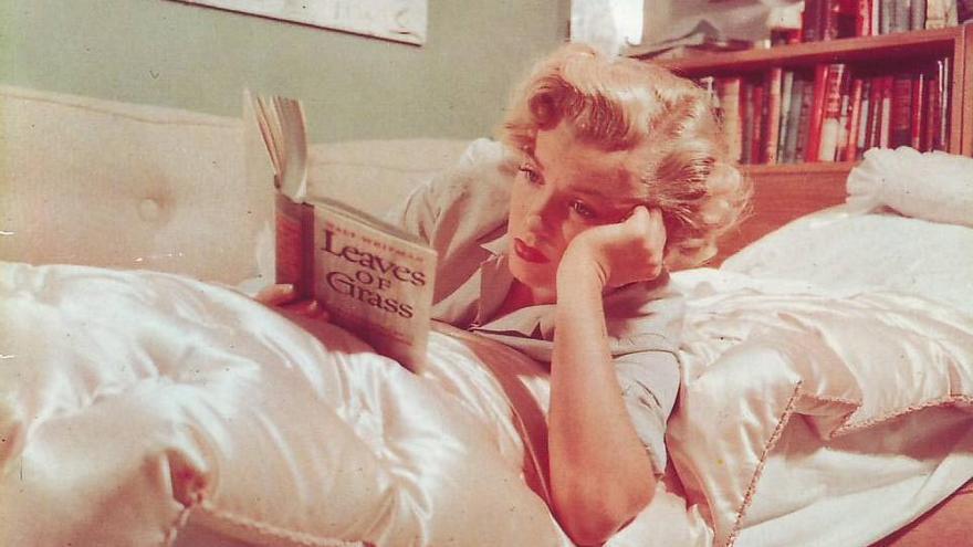 Marilyn también lee