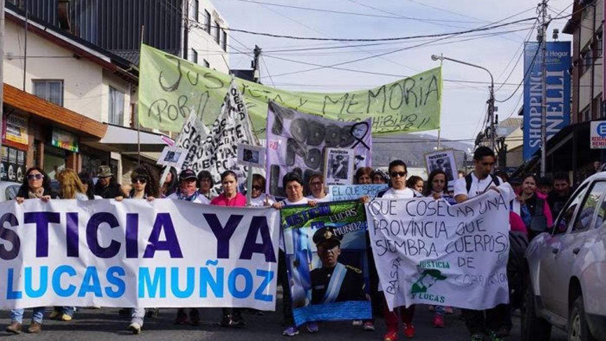 Marcha por pedido de justicia por el asesinato de Lucas Muñoz.