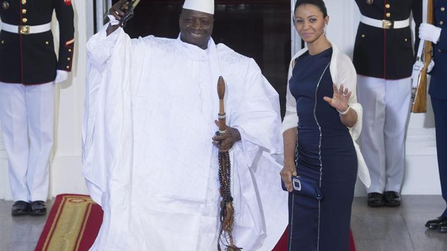 Mandatarios regionales no convencen a Jammeh para que abandone el poder
